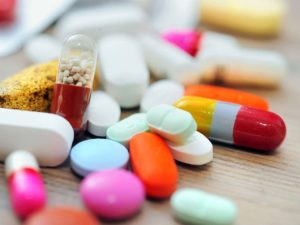 Advantages And Disadvantages Related With Medicine Home Delivery in Kolkata